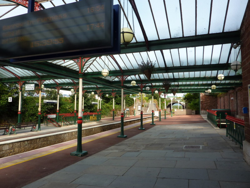 Ulverston train station's platforms