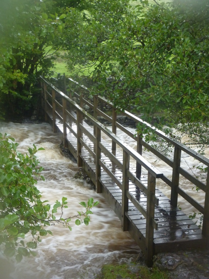 Bridge over Torver beck, with a very high waterlevel