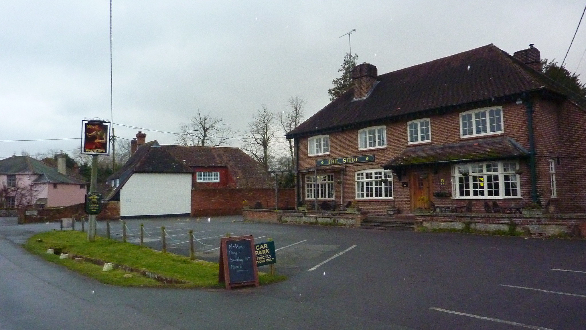 The Shoe pub in Exton