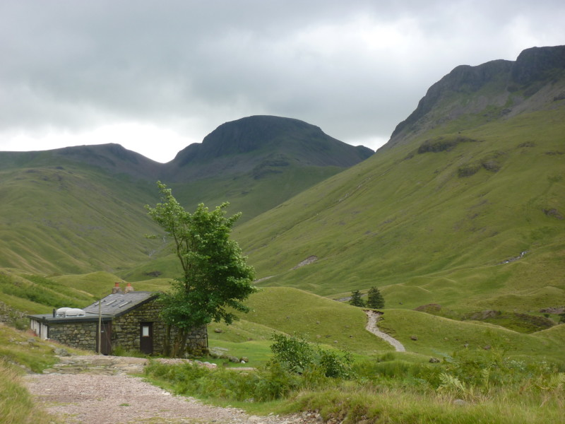 Approaching Black Sail Hostel at the head of Ennerdale