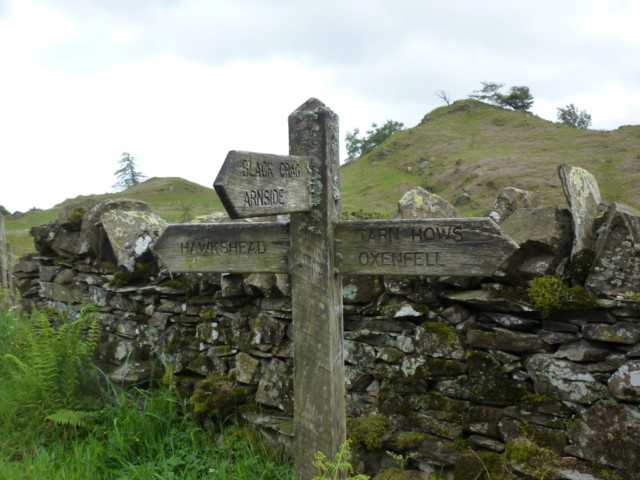 A signpost for Black Fell