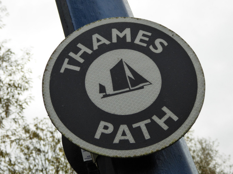 Thames Path Extension waymark sign