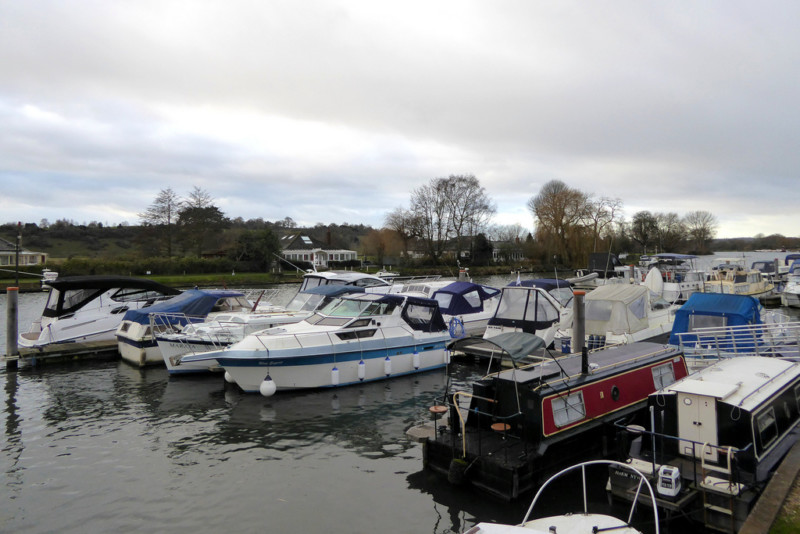 Boats moored up at Bourne End