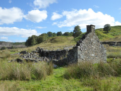 Achnacochine old croft ruins