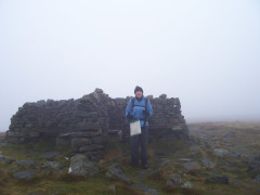 The shelter at the top of Great Shunner Fell