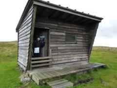 Yearning Saddle hut on the Pennine Way