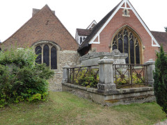St John's the Baptist Church, Malden Manor