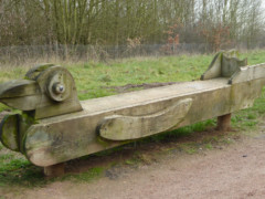 A duck themed bench on the London LOOP at Pages Wood
