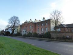 Large houses in Monken Hadley