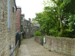 Lane down to the River Goyt in New Mills