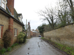 Houses in the village of Longworth