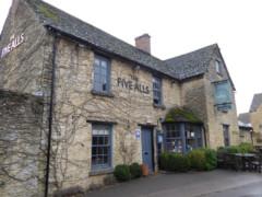 The Five Alls pub, Filkins