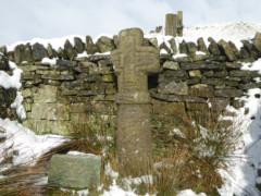 Edale Cross