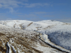 The Pennine Way as it heads up to Kinder