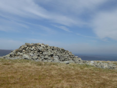 The shelter at the top of Selside Pike