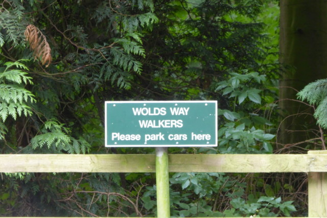 Sign asking Wolds Way walkers to park your car here