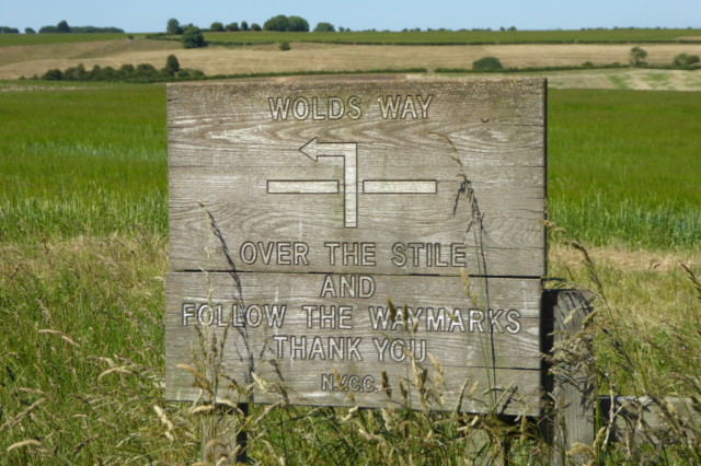 Directional sign on the Yorkshire Wolds Way