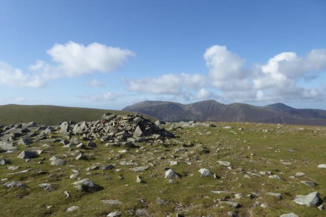 Stones marking the summit of Hindscarth